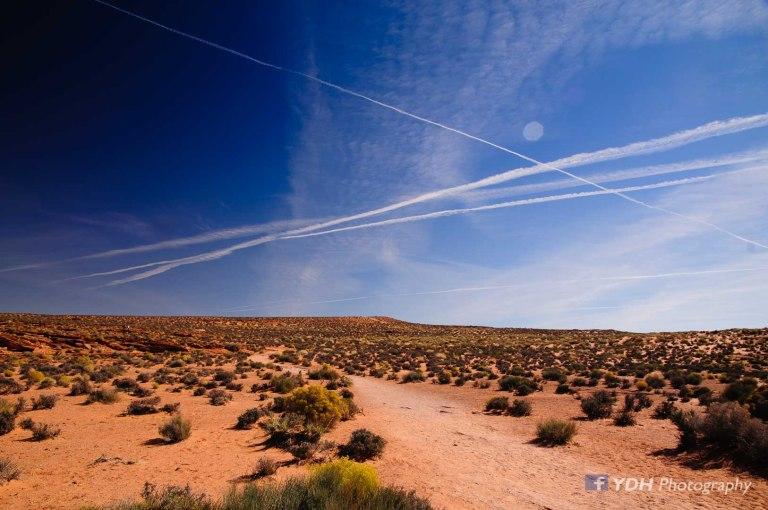 פסי סילון מעל המדבר