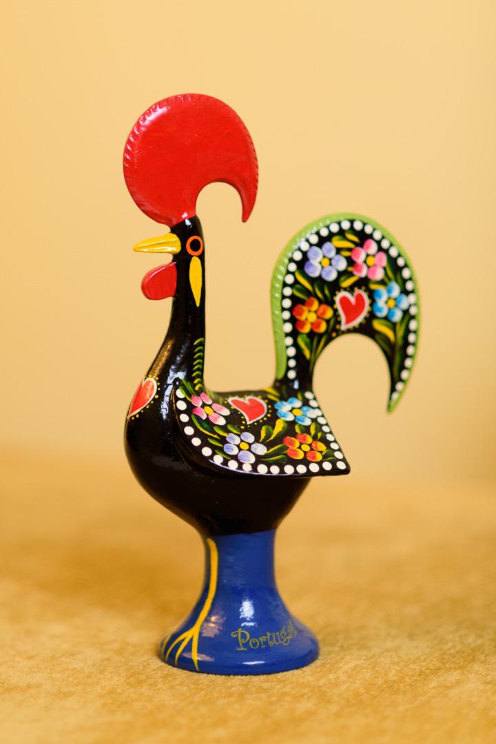 Mar 2, 2015 - התרנגול מברסלוס (בפורטוגזית – Galo de Barcelos) הוא אחד מסמליה הלאומיים של פורטוגל.